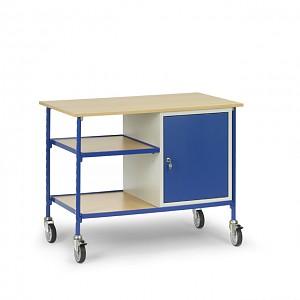 darba galds ar skapi