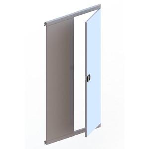 metala durvis plauktiem